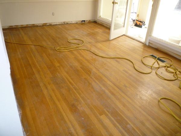 Low Rate Hardwood Floor Installation
